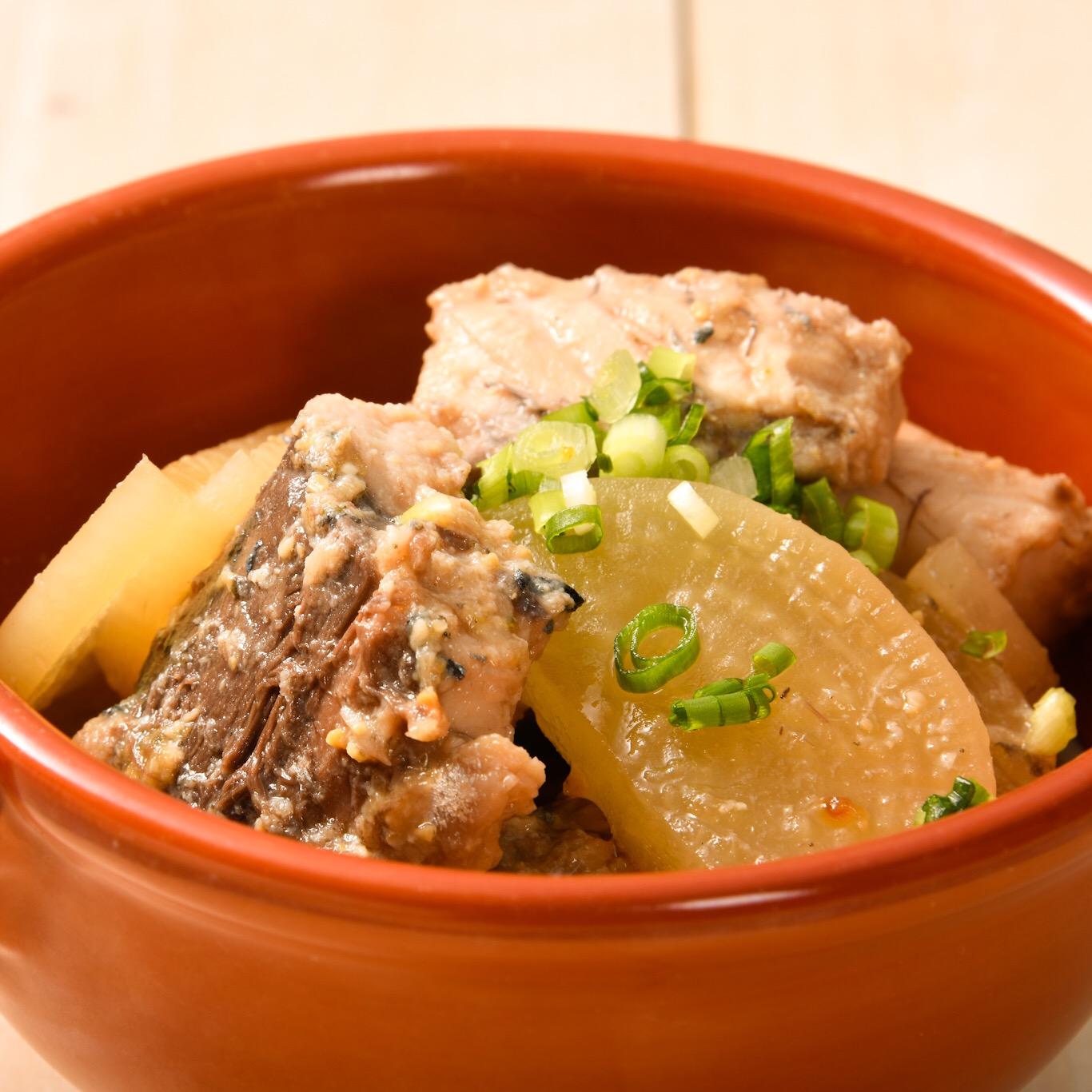 サバ缶と大根の柚子味噌煮
