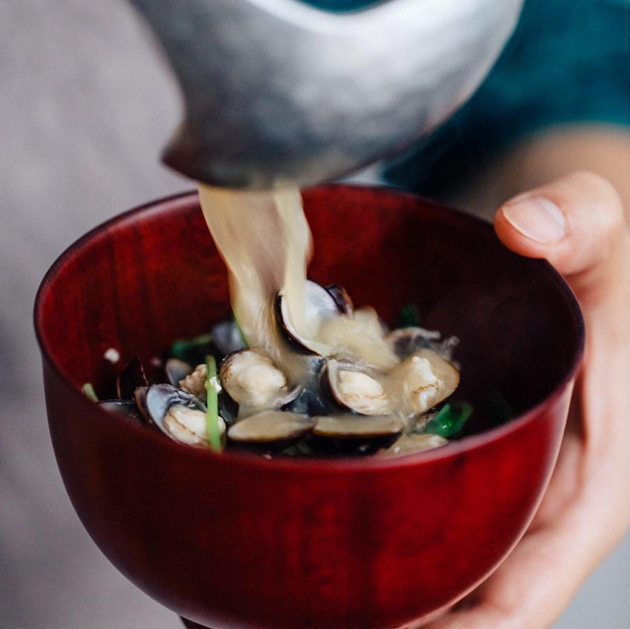 しじみと豆苗の味噌汁