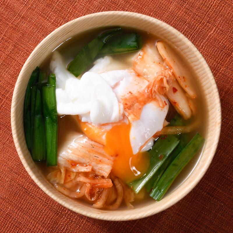 キムチと卵の韓国風味噌汁