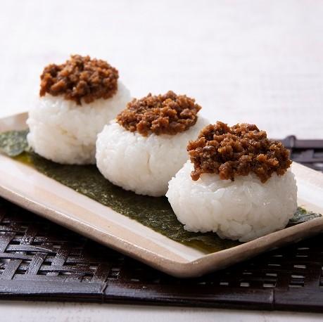 ベジタリアンの韓国風肉味噌おにぎり