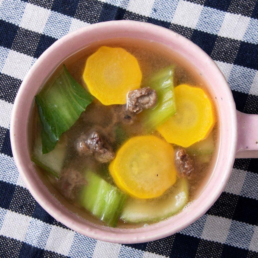 野菜のそぼろ(ベジミート)と<br>ズッキーニのコンソメスープ