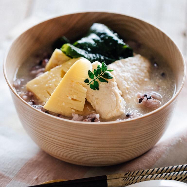 しっとり鶏むね肉と雑穀の食べる味噌汁