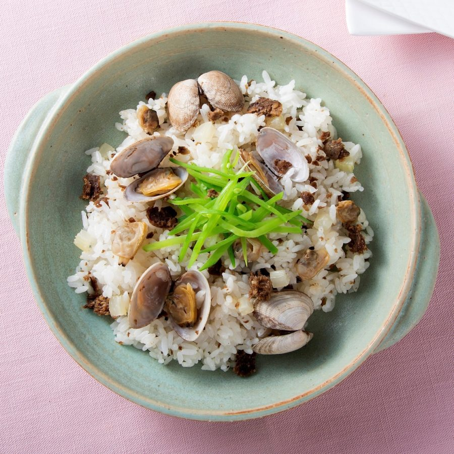 野菜のそぼろ(ベジミート)とあさりの<br>中華風炊き込みごはん
