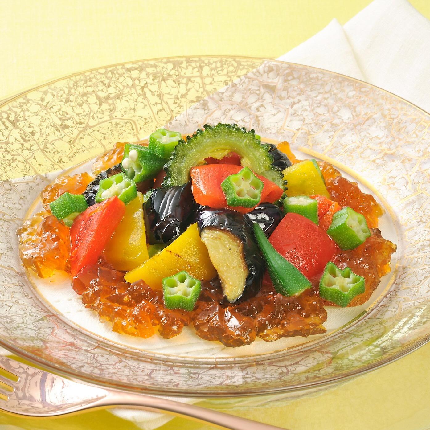 夏野菜と味噌ゼリーのサラダ