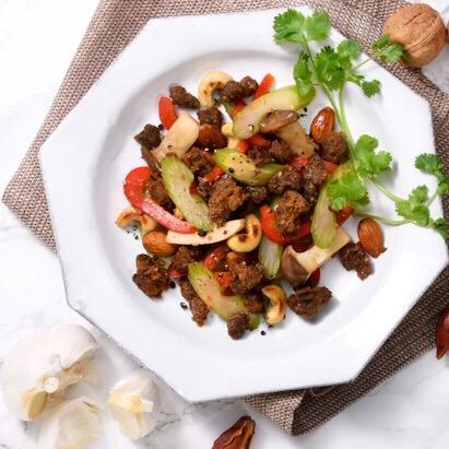 野菜とナッツのオリエンタル炒め